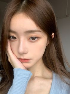 Pretty Korean Girls, Cute Korean Girl, Beautiful Asian Girls, Cute Makeup, Makeup Looks, Girl Hair Colors, Girl Photo Shoots, Ulzzang Korean Girl, Uzzlang Girl