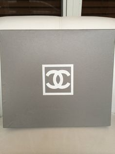 Chanel CHANEL SHOE BOX EMPTY GRAY SNEAKERS FLATS ORGANIZER SIZE 38.5