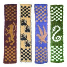 Free Pattern: Hogwarts Double Knitted Bookscarves by Ann Kingstone