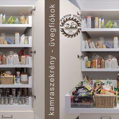 A kamraszekrény belső fiókjainak előlapja és oldala üveg. Előnye, hogy tartalma átlátható. Konyhai kisgépek egy helyen praktikusan. Fiókba épített konyhai mérleg és szeletelő gép. Praktikus megoldás a kihúzható serpenyőtartó. Könnyen hozzáférhető, nem kell egymásra pakolva tárolni. Bathroom Medicine Cabinet, Bookcase, Shelves, Home Decor, Shelving, Decoration Home, Room Decor, Bookcases, Shelf