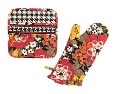 What's Cookin' Potholder Set in Bittersweet, $30 | Vera Bradley