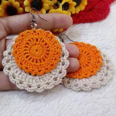 DIY Spitzendeckchenschüssel – Jewellery For Lady Crochet Jewelry Patterns, Crochet Earrings Pattern, Crochet Bracelet, Crochet Accessories, Crochet Designs, Mode Crochet, Diy Crochet, Crochet Baby, Fabric Jewelry