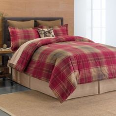 Lennox Plaid Rustic Reversible Cotton Quilt Set (Cotton - King/Full - Rustic/Cabin & Lodge - White/Blue/Red), C&F Home Most Comfortable Sheets, Plaid Bedding, Log Home Interiors, Online Bedding Stores, Affordable Bedding, Tartan Plaid, Plaid Flannel, Cool Beds, Bed Styling