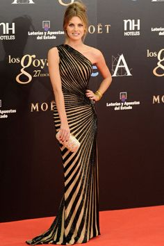 Amaia Salamanca in Zuhair Murad - Premios Goya 2013