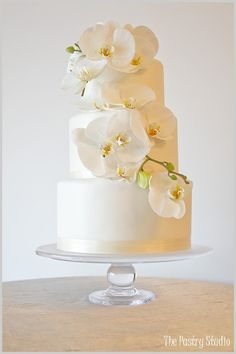 Orchid Wedding | http://your-special-wedding-cake-ideas.blogspot.com