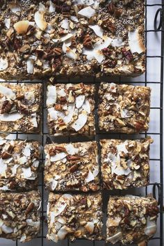 Vegan Oat Bars made from Whole Food ingredients are the Best Snack for Health Nuts and Kids. Healthy Vegan Snacks, Gluten Free Snacks, Vegan Sweets, Vegan Desserts, Vegan Food, Healthy Oat Bars, Keto Snacks, Eating Healthy, Healthy Meals