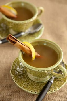 Spiced Lemon Apple Cider at PaulaDeen.com