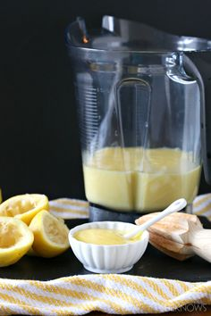 Lemon curd in the blender