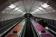 London tube Tube, Basketball Court, Social Media, London, Social Networks, London England, Social Media Tips