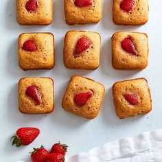 Fresh strawberries and just a little bit of white chocolate make these blondies the perfect sweet treat. Strawberry Blondie Recipe, Strawberry Recipes, How To Make Chocolate, White Chocolate, Chocolate Mix, Brownie Pan, Pampered Chef Recipes, Chocolate Morsels, Dessert Recipes