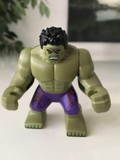 LEGO Set 76031 The Hulk Minifigure from The Hulkbuster Smash Set  Super Heroes  #LEGO #hulk #minifigures