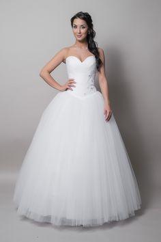 wow! One Shoulder Wedding Dress, Weddings, Wedding Dresses, Fashion, Bride Dresses, Moda, Bridal Gowns, Fashion Styles, Wedding