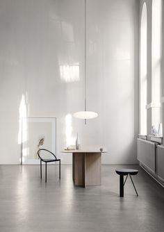 Gino Sarfatti Model No. 2065 Ceiling Light For Sale at minimalistisch Gino Sarfatti Model No. Design Exterior, Dark Interiors, Chandelier Pendant Lights, Home Living, Minimal Design, Interior Design Inspiration, Lighting Design, Ceiling Lights, Ceiling Lamp