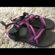 Kids chacos size 6 fits like a women's size 8!! Kids chacos size 6 fits like a women's size 8!! Perfect for spring!! Chacos Shoes Sandals