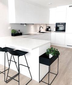 "Modern Kitchen Interior Modern Interior Inspiration ( ""Inspiration: So happy to share you ❤️ Love from ❤️ ______________…"" - Kitchen Room Design, Best Kitchen Designs, Home Decor Kitchen, Interior Design Kitchen, Home Design, Design Ideas, Kitchen Ideas, Kitchen Trends, Design Trends"
