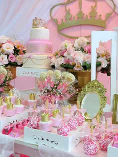 Pink and Gold Princess theme Idee Baby Shower, Fiesta Baby Shower, Girl Shower, Baby Shower Parties, Baby Shower Themes, Princess Theme, Baby Girl Princess, Baby Shower Princess, Princess Birthday