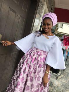Latest African Fashion Dresses, African Print Dresses, African Dresses For Women, African Print Fashion, Africa Fashion, African Attire, African Traditional Dresses, Classy Dress, Kitenge