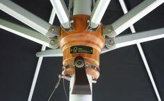 Tradewinds Holz Exklusiver Sonnenschirm aus Südafrika, hergestellt aus FSC Eukalyptusholz und Edelstahl. Er glänzt durch seine klassische Ausstrahlung auf Ihrer Terrasse.Tradewinds  Mehr Info's auf www.solero-sonnenschirme.at  Solero Sonnenschirme_Sonnenschirm_Sonnenschirme_Gartenschirm_Gartenschirme_Gastroschirm, Gastroschirme,Tradewinds holz_Windstabil_Schirmständer_ersatzbespannung Aluminium, Patio, Stainless Steel, Timber Wood