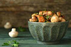 pieczarki balsamico Party Time, Serving Bowls, Lunch, Tableware, Kitchen, Blog, Dinnerware, Cooking, Eat Lunch