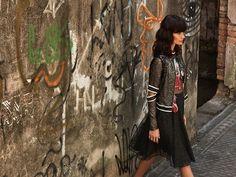 A @patbo_official embarcou no universo das mulheres urbanas para criar sua campanha de inverno 2017 com a coleção que foi desfilada no último SPFW. Nas peças estampas de grafite e grafismos provocam efeito despojado e moderno. Para ter já! #patriciabonaldi  via MARIE CLAIRE BRASIL MAGAZINE OFFICIAL INSTAGRAM - Celebrity  Fashion  Haute Couture  Advertising  Culture  Beauty  Editorial Photography  Magazine Covers  Supermodels  Runway Models