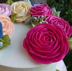 No detalhe! No detalhe! Rosas de Chantininho. #cursodechantininho  Informações para curso a distância ou presencial WhatsApp (62)9618-6096 Tatianna.
