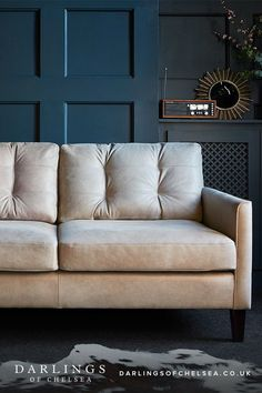 Leather sofa buying guide. Choose your leather sofa with this buying guide. Chaise sofas, sofa beds, we have leather sofas for every design and room aesthetic. #leathersofas #darlingsofchelsea #naturalinteriordesign #familyinteriorstyle Real Leather Sofas, Leather Sofa Bed, Sofa Beds, Chaise Sofa, Contemporary Leather Sofa, Cosy Night In, Interior Styling, Interior Design, 5 Seater Sofa