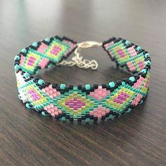 Bracelet miyuki Marie Bambelle : le vert et rose