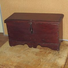 RARE William Mary 18th C Miniature Blanket Chest in Grungy Original Red Paint | eBay