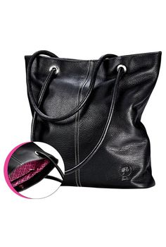 It's hard to not get carried away with this a-mazing #purse! #Barbie. Want it!!