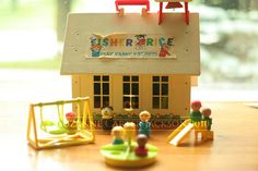School #fisher_price #little_people #vintage