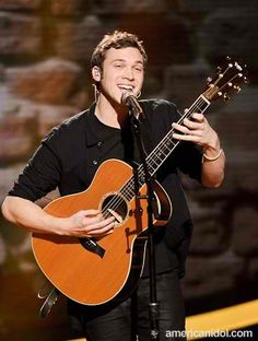 just can't get enough of his voice. phillip phillips :)