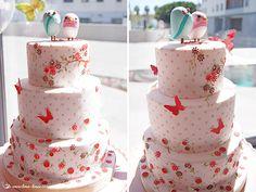 Lima Limão - festas com charme: Muitas flores, borboletas e passarinhos para o primeiro aniversário da Matilde!