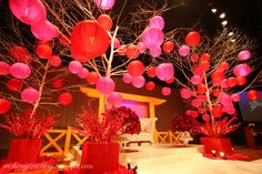 @Vannary Thach-Song ..a bit too extravagant?.. the colors, flowers, lanterns and trees are so pretty!