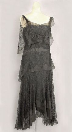 Party dress by Lucile, 1923.
