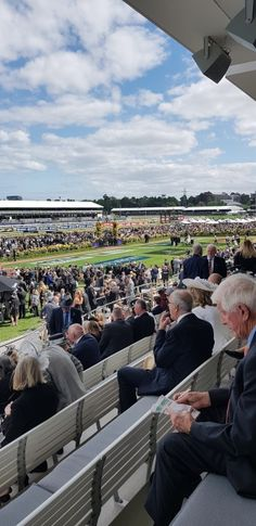 Derby Day at Flemington Racecourse is part of the Melbourne Cup Spring Racing Carnival. Two Sewing Sisters Flemington Racecourse, All Races, Spring Racing Carnival, Melbourne Cup, Derby Day, Sewing Blogs, Dolores Park, Sisters, Black And White