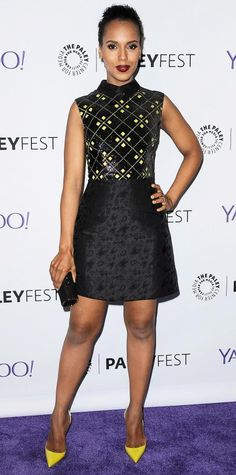 Kerry Washington struck a pose at the Paleyfest LA Scandal event in an embroidered collared Mary Katrantzou dress with a sparkly bodice and an A-line skirt, picking up on the yellow and black color palette with a black clutch and sunny pumps. Celebrity Outfits, Celebrity Look, Star Fashion, Womens Fashion, Inspiration Mode, Petite Women, Professional Outfits, Fashion Advice, Couture Fashion