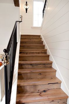 White Shiplap Walls with Wood Stairs & Black Iron Rail Deco Cool, Beach Cottage Style, Modern Farmhouse, Farmhouse Stairs, Rustic Stairs, Cottage Staircase, Wood Staircase, Industrial Farmhouse, Rustic Wood