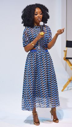 Insecure's Wardrobe Designer Ayanna James on Issa Rae's 'Basic' Style and Dressing Her for the Golden Globes The stylist behind the award-nominated breakout HBO hit discusses all the subtle fashion clues fans may have missed Black Women Fashion, Look Fashion, Fashion Beauty, Girl Fashion, Autumn Fashion, Womens Fashion, Cheap Fashion, Fashion Tips, Fashion Design