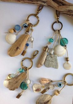 This is some of the most useful, cool craft work for beach finds beachfinds sh .This is some of the most useful, cool craft work for beach finds beachfinds shellcrafts keychaindiy driftwoodcrafts This article is not availableMaine Driftwood Artisan Seashell Art, Seashell Crafts, Beach Crafts, Fun Crafts, Driftwood Projects, Driftwood Jewelry, Driftwood Art, Diy Projects, Sea Glass Crafts