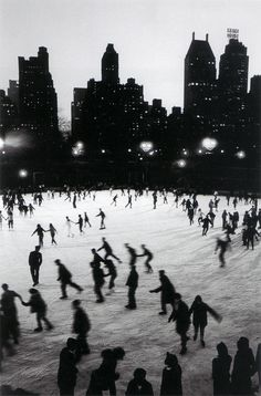 Ice Skating in Central Park at the Wollman Rink - Bruno Barbey