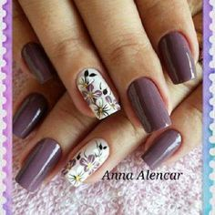 Matches my prom dress perfectly Nail Manicure, Toe Nails, Gorgeous Nails, Pretty Nails, Purple Nails, Flower Nails, Easy Nail Art, Creative Nails, Nail Arts