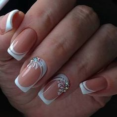 The wedding manicure - the beauty of the bride is in the smallest details - My Nails Elegant Nail Designs, French Manicure Designs, Gel Nail Designs, French Nails, French Manicures, White Tip Nails, Bride Nails, Wedding Nails Design, Rhinestone Nails