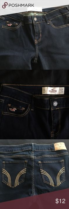 Hollister Stretch Skinny Jeggings Jeans in Classic Hollister Blue. Size 9S, length is 29 inches. Never worn Hollister Jeans Skinny
