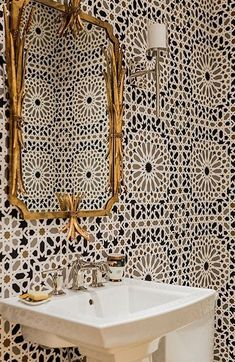 Bathroom in Nasrid Palace Mosaic Wallpaper in Mica (Jill Litner Kaplan Interiors… - Home Decoration Bad Inspiration, Bathroom Inspiration, Interior Inspiration, Mosaic Wallpaper, Bathroom Wallpaper, Graphic Wallpaper, Moroccan Wallpaper, Powder Room With Wallpaper, Trippy Wallpaper