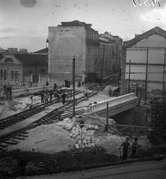 Obras na calçada da Pampulha, viaduto sobre a ave Lisbon, Building, Travel, Topographic Map, Stone Facade, Saints, City, Star, Amor
