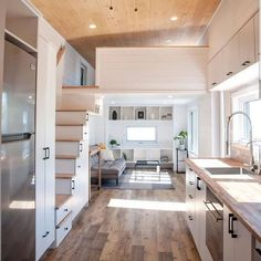 Tiny House Movement: Your Guide to Tiny Home Living Modern Tiny House, Tiny House Cabin, Tiny House Living, Tiny House Plans, Tiny House With Loft, Tiny House 2 Bedroom, Tiny House Luxury, Tiny Bedrooms, Tiny Loft