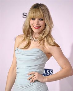Bangs//Rachael McAdams. Do you like this look? Vote on various stars' bangs on Wonderwall: http://on-msn.com/ApoEwX