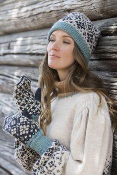 Norwegian Style, Nordic Style, Knitting Charts, Free Knitting, Knit Mittens, Knitted Hats, Norwegian Knitting, Knitting Needles, Hue