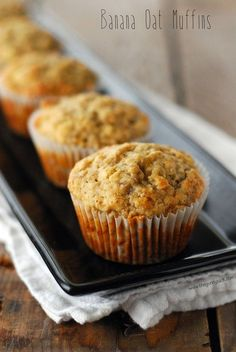 This Banana Oat Muffins Recipe is the ideal grab-and-go morning treat or yummy after-school snack. Quaker® Quick Tip: Try them fresh out of the oven with a smear of peanut butter! Banana Oatmeal Muffins, Banana Oats, Banana Bread, Banana Recipes, Muffin Recipes, Brunch Recipes, Cupcake Recipes, Cupcakes, Scones