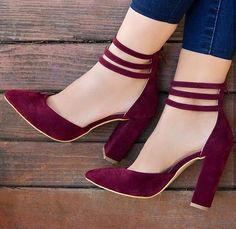 Blue Jeans and Burgundy Shoes Blue Jeans and .- Blue Jeans und Burgunderschuhe Blue Jeans und Burgunderschuhe – -… Blue jeans and burgundy shoes Blue jeans and burgundy shoes – – - Cute Shoes, Me Too Shoes, Women's Shoes, Shoe Boots, Dress Shoes, Jeans Shoes, Corset Dresses, Shoes Heels Pumps, Golf Shoes